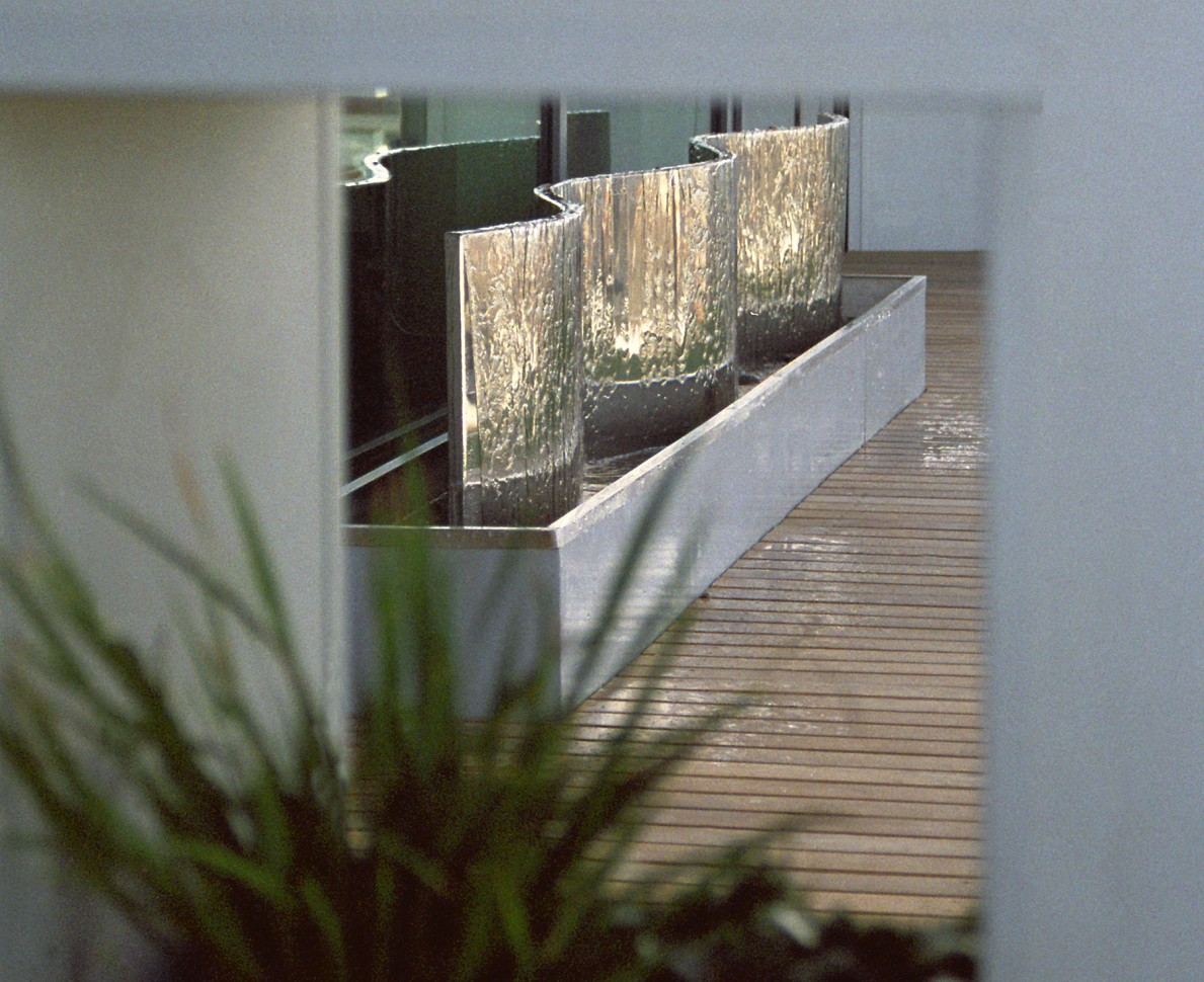 Silver water feature on the Pavilion Terrace