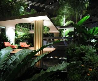 Singapore_2012_cover_photo