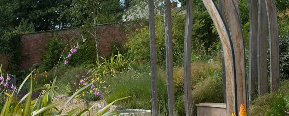 2008 British Association of Landscape Industries Awards Domestic Garden winner - garden with Stamen sculpture