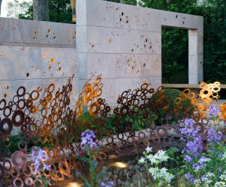 2012 RHS Chelsea Flower Show Gold Medal Winner - arts and crafts inspired garden