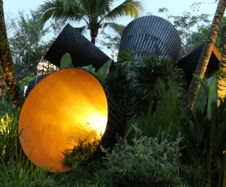2014 Singapore Garden Festival double award winning garden with 'Full Circle?' sculpture