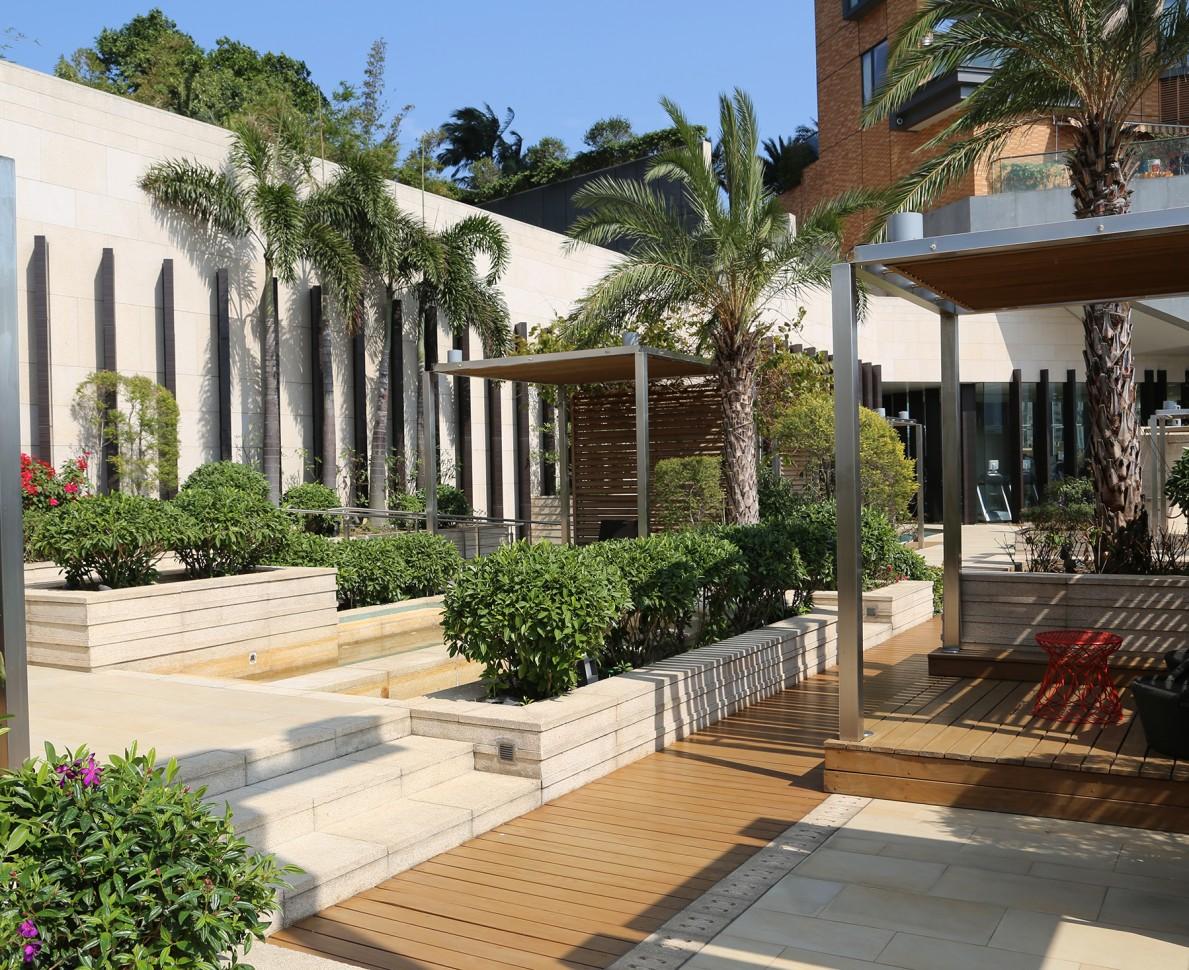 Luxury garden design hong kong andy sturgeon for 14 m4s garden terrace