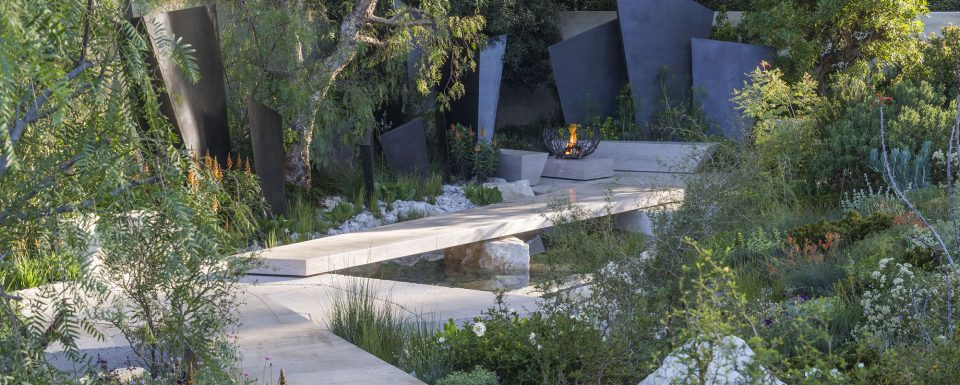 The Telegraph Garden. Designed by Andy Sturgeon. Sponsored by: The Telegraph. RHS Chelsea Flower Show 2016.