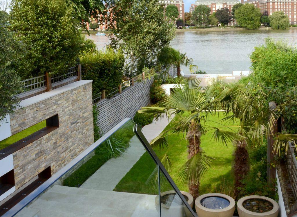 Riverside Garden - Andy Sturgeon Design - SGD Awards 2016